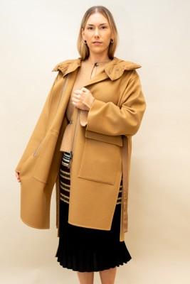 Moncler Cashmere Mantel mit Bindeband an der Taille in aufregendem camel-ton
