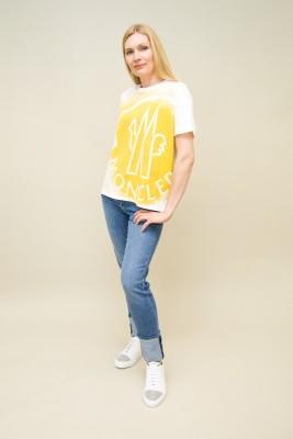 Moncler T-Shirt Oversize Logo gelb print vorne