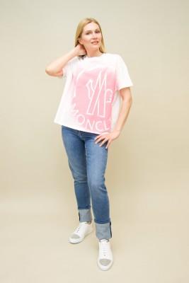 Moncler T-Shirt Oversize Logo pink print vorne