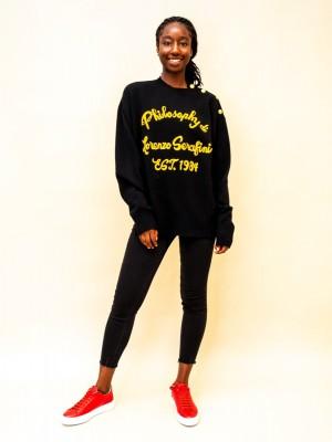 Philosophy Pullover mit Designer-Schriftzug mit goldenen Knöpfen in schwarz